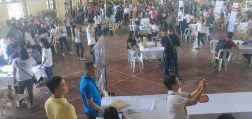 TESDA Tarlac Joins Provincial Government of Tarlac and Local Employers at Jobs Fair.